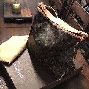 Louis Vuitton delightful MM. NWOT